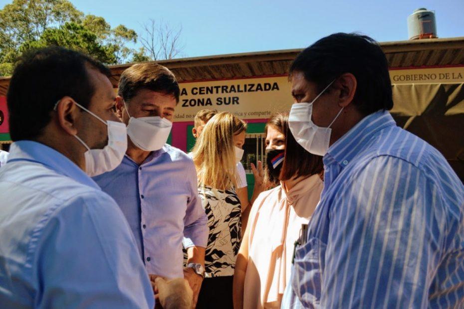 Visita-Ministro-Arroyo-Cocina-descentralizada-7
